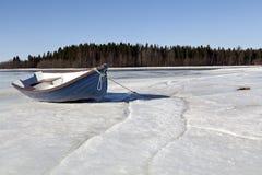 Um barco só Fotografia de Stock Royalty Free