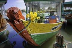Um barco velho em hoi-an, Vietnam Foto de Stock Royalty Free