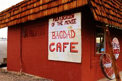 Um batente no café de Bagdade, na estrada 66 histórica Imagens de Stock
