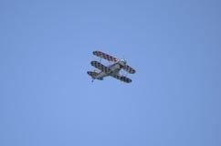 Um biplano aerobatic especial de Pitts executa no festival aéreo do International de Roma Imagem de Stock