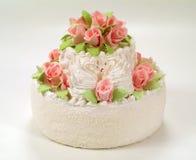Um bolo com rosas. Fotos de Stock Royalty Free