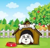 Um cachorrinho dentro de uma casa de cachorro perto de uma árvore de maçã ilustração do vetor