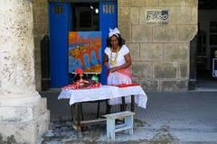 Um caixa de fortuna amigável em Havana Imagens de Stock Royalty Free