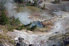 Um caldera cozinhando encrusted com depósitos minerais Imagens de Stock