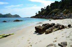 Um canto do paraíso na ilha de Faro (Islas Cies, na Espanha) Fotografia de Stock