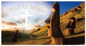 Um cartão ou uma bandeira com a imagem da Ilha de Páscoa e das palavras 'Cristo são elevação ilustração royalty free