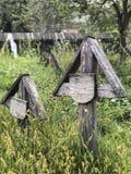 Um cemitério velho em Romênia imagem de stock royalty free
