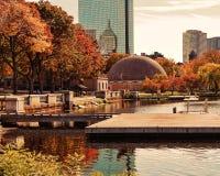 Um cenário bonito em Boston durante o outono imagens de stock royalty free