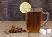 Um chá de tonificação da manhã Foto de Stock