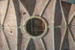 Um cofre-forte do teto de uma igreja holandesa velha fotos de stock royalty free