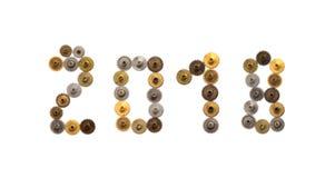 um conceito de 2018 anos O vintage alinha dígitos mecânicos do estilo do steampunk das rodas denteadas no fundo branco Bronze oxi fotografia de stock