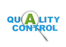 Um controle da qualidade sob o magnifier ilustração do vetor