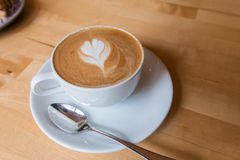 Um copo do café do latte Imagem de Stock