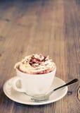 Um copo do chocolate quente fotografia de stock royalty free