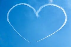 Um coração no céu dos planos Foto de Stock Royalty Free