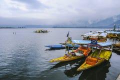 Um ` de Shikara do ` da chamada do barco é uma da atividade interessante deve ser tentativa pelo turista Imagem de Stock Royalty Free