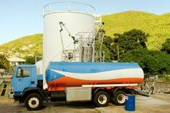 Um depósito de combustível pequeno em Bequia fotos de stock royalty free