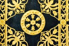 Detalhe da porta do monastério de Lavra em Kiev imagem de stock