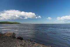 Um dia bonito no rio Foto de Stock Royalty Free