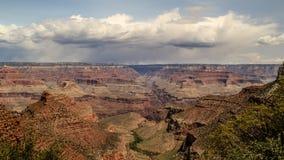 Um dia chuvoso em Grand Canyon imagem de stock