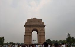 Um dia chuvoso em India Gate foto de stock