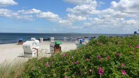 Um dia ensolarado na praia Fotografia de Stock Royalty Free