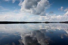 Um dia no lago Imagens de Stock