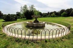Um dos fontains na casa de campo Doria Pamphili no através de Aurelia Antica Imagens de Stock Royalty Free