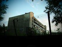 Um edifício abandonado velho Foto de Stock Royalty Free