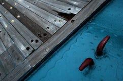 Um engate do grampo na plataforma de uma navio de guerra da segunda guerra mundial Imagens de Stock