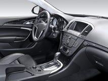 Um estúdio disparou de um interior moderno do carro Imagens de Stock