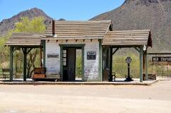 Um estação de caminhos-de-ferro do vintage Imagem de Stock