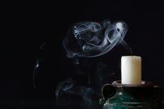 Um extinguiu a vela Fotos de Stock