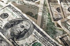 Fundo Contrasty desarrumado amarrotado de Franklins - ascendente próximo Foto de Stock