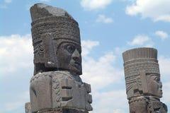 Um fragmento de uma estátua santamente em Teotihuacan, México Imagem de Stock