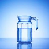 Um frasco da água Fotos de Stock