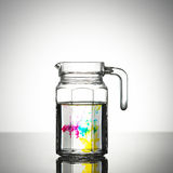 Um frasco da água Fotografia de Stock