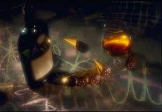 Um frasco do conhaque na tabela com um vidro do ch Fotos de Stock Royalty Free