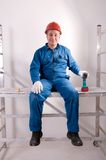 Um funcionamento do eletricista Fotos de Stock