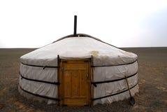 Um ger no deserto de Gobi, Mongolia Imagens de Stock Royalty Free