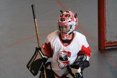 Um goaltender pequeno Fotografia de Stock