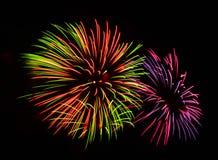 Um grande evento da exposição dos fogos-de-artifício. Imagem de Stock