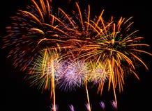 Um grande evento da exposição dos fogos-de-artifício. Imagens de Stock