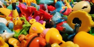 Um grande n?mero brinquedos coloridos fotos de stock royalty free