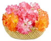 Um grande ramalhete das flores artificiais isoladas Fotos de Stock