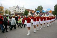 Um grupo de bateristas dos majorettes das moças Fotografia de Stock