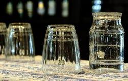 Um grupo de canecas de cerveja Fotos de Stock
