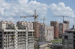 Um grupo de construções novas de andares diferentes fotografia de stock royalty free