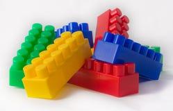 Um grupo de cubos multi-coloridos Imagens de Stock Royalty Free