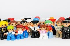 Um grupo de figuras de Duplo do tipo de Lego Foto de Stock Royalty Free
